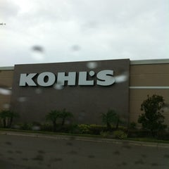 Photo taken at Kohl's by Lizz H. on 6/20/2012