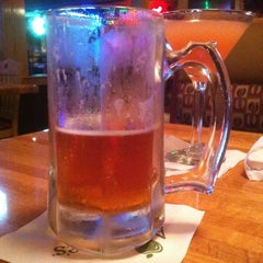 Photo taken at Applebee's by Erasmo M. on 4/19/2012