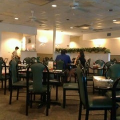 Photo taken at Full House Chinese Restaurant by Adrienne S. on 4/16/2012
