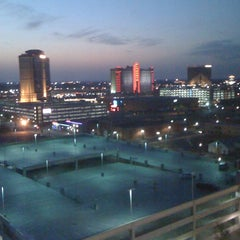 Photo taken at Hilton Shreveport by Kevin S. on 8/4/2012