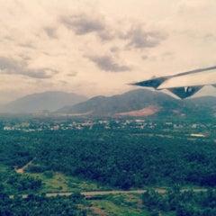 Photo taken at Da Nang International Airport (DAD) Sân bay Quốc tế Đà Nẵng by Sonny N. on 6/24/2012