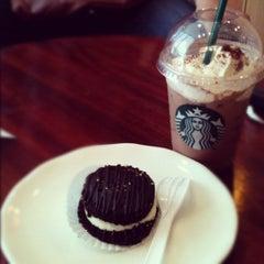 Photo taken at Starbucks by Richardson C. on 9/2/2012