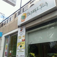Photo taken at Bumble Tea by Vince F. on 4/1/2012