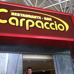 Photo taken at Restaurante Na Moral by Fábio D. on 5/6/2012