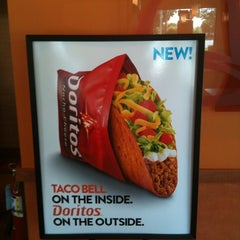 Photo taken at Taco Bell by Phally B. on 4/22/2012