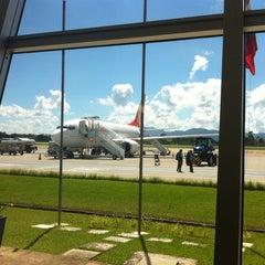 Photo taken at Aeroporto de Joinville / Lauro Carneiro de Loyola (JOI) by Erika F. on 4/3/2012