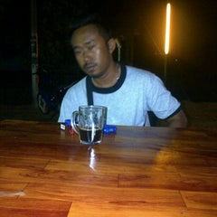 Photo taken at Warung Pinang Sebatang by putera k. on 4/17/2012