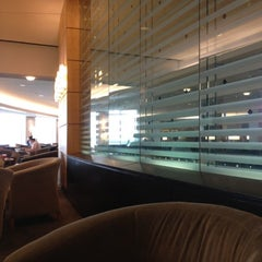 Photo taken at Delta Sky Club by N V. on 7/19/2012