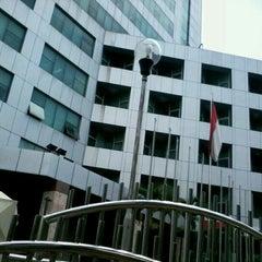 Photo taken at Dinas Pertamanan dan Pemakaman Provinsi DKI Jakarta by Taufiq O. on 9/6/2012