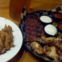 Photo taken at Tennessee Roadhouse by Sarah K. on 5/31/2012