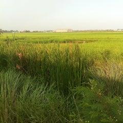 Photo taken at โรงพิมพ์อาสารักษาดินแดน by Tae W. on 3/6/2012