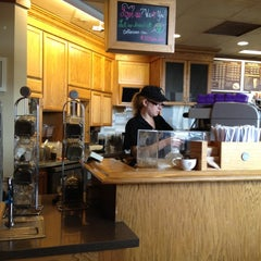Photo taken at The Coffee Bean & Tea Leaf® by Johnna D. on 3/6/2012