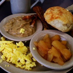 Photo taken at Tudor's Biscuit World by Joel T. on 6/13/2012