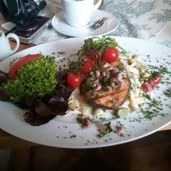 Photo taken at Seewolf - Bierstube & Restaurant by Alexander G. on 6/10/2012