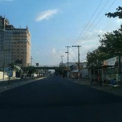 Photo taken at Avenida Djalma Batista by Suellen B. on 9/5/2012