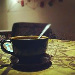 Photo taken at Cây Táo Gai Coffee by Bao Bao N. on 7/28/2012