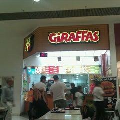Photo taken at Giraffas by Danilo P. on 3/14/2012