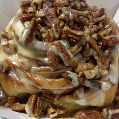 Photo taken at Cinnabon by moon on 7/13/2012