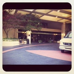 Photo taken at DoubleTree Suites by Hilton Hotel Raleigh-Durham by Xavier D. on 4/16/2012