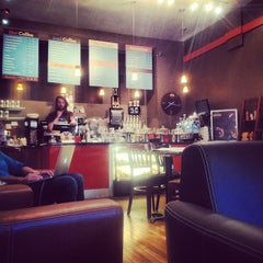 Photo taken at Park Avenue Coffee by Sonja S. on 5/22/2012