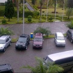 Photo taken at Hotel Niagara, Parapat by Baringin P. on 4/6/2012