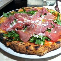 Photo taken at Kesté Pizza & Vino by Ricky C. on 5/9/2012