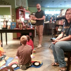 Photo taken at Foxtale Book Shoppe by Elainebow on 8/30/2012
