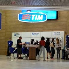 Photo taken at Loja TIM by Danton B. on 5/12/2012
