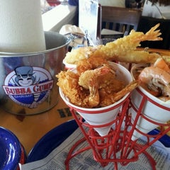 Photo taken at Bubba Gump Shrimp Co. by T D. on 6/6/2012