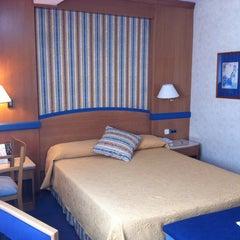 Photo taken at Hotel Gran Versalles **** by Nastasiya O. on 8/26/2012