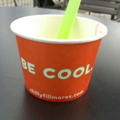 Photo taken at Chilly Fillmore's Frozen Yogurt by Patrick H. on 3/6/2012