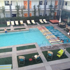Photo taken at Clarendon Hotel by Julie K. on 5/18/2012