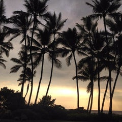 Photo taken at Outrigger Keauhou Beach Resort by Filippo G. on 8/27/2012