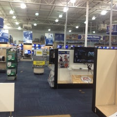 Photo taken at Best Buy by Cat S. on 5/8/2012