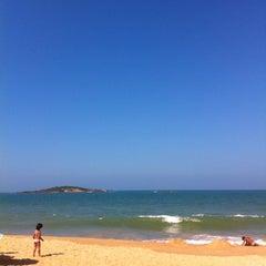Photo taken at Praia de Itaparica by Thiago G. on 7/28/2012