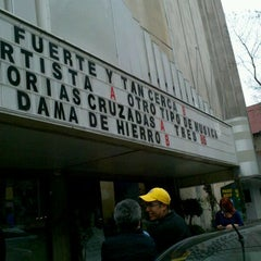Photo taken at Cinemex Reforma - Casa de Arte by Daniel J. on 3/5/2012