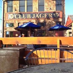 Photo taken at Clubhouse Jäger by Ben C. on 5/10/2012