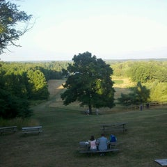 Photo taken at Winery at Wolf Creek by Allayna C. on 7/24/2012