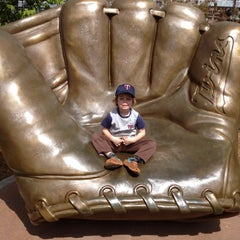 Photo taken at Target Field Golden Glove by George M. on 4/14/2012
