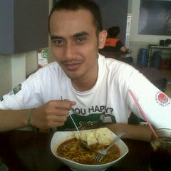 Photo taken at @JamboAceh Cuisine by yuzar r. on 2/5/2012