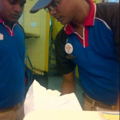 Photo taken at Domino's Pizza by Archerspy on 7/19/2012