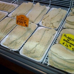 Photo taken at Granja La Boutique del Pollo by Alejandro S. on 4/12/2012