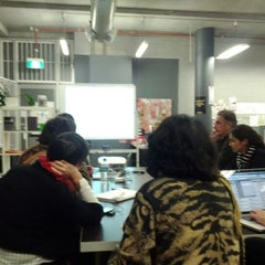 Photo taken at Vibewire Common Room by Wil B. on 5/29/2012