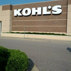 Photo taken at Kohl's by Curtis W. on 5/27/2012