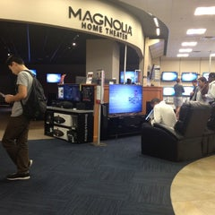 Photo taken at Best Buy Mobile by Ars N. on 6/9/2012