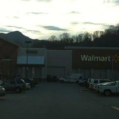 Photo taken at Walmart Supercenter by Juan F. on 3/17/2012