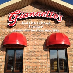Photo taken at Giannetto's Pizza by Michiana360 on 2/20/2012