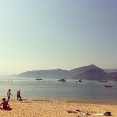 Photo taken at South Bay Beach 南灣泳灘 by sue m. on 3/18/2012