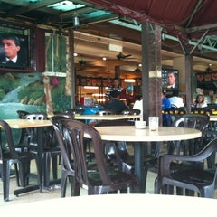 Photo taken at Restoran Anjung by Aishah A. on 2/13/2012
