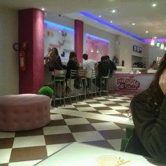 Photo taken at milk shake e cia. by Marcela S. on 9/2/2012